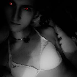Heyy ihr Süßen,engel  Ich bin die Thesa. Liebe alles rund um das Thema Sex und lebe mich gerne aus. Blümchensex ist nett, aber auf dauer zu langweillig.sm  Ich wünsche euch viel Spaß wixen mit meinem Content.  Freue mich sehr wenn ihr mir ein Kommentar hinterlasst wie es euch gefallen hat.
